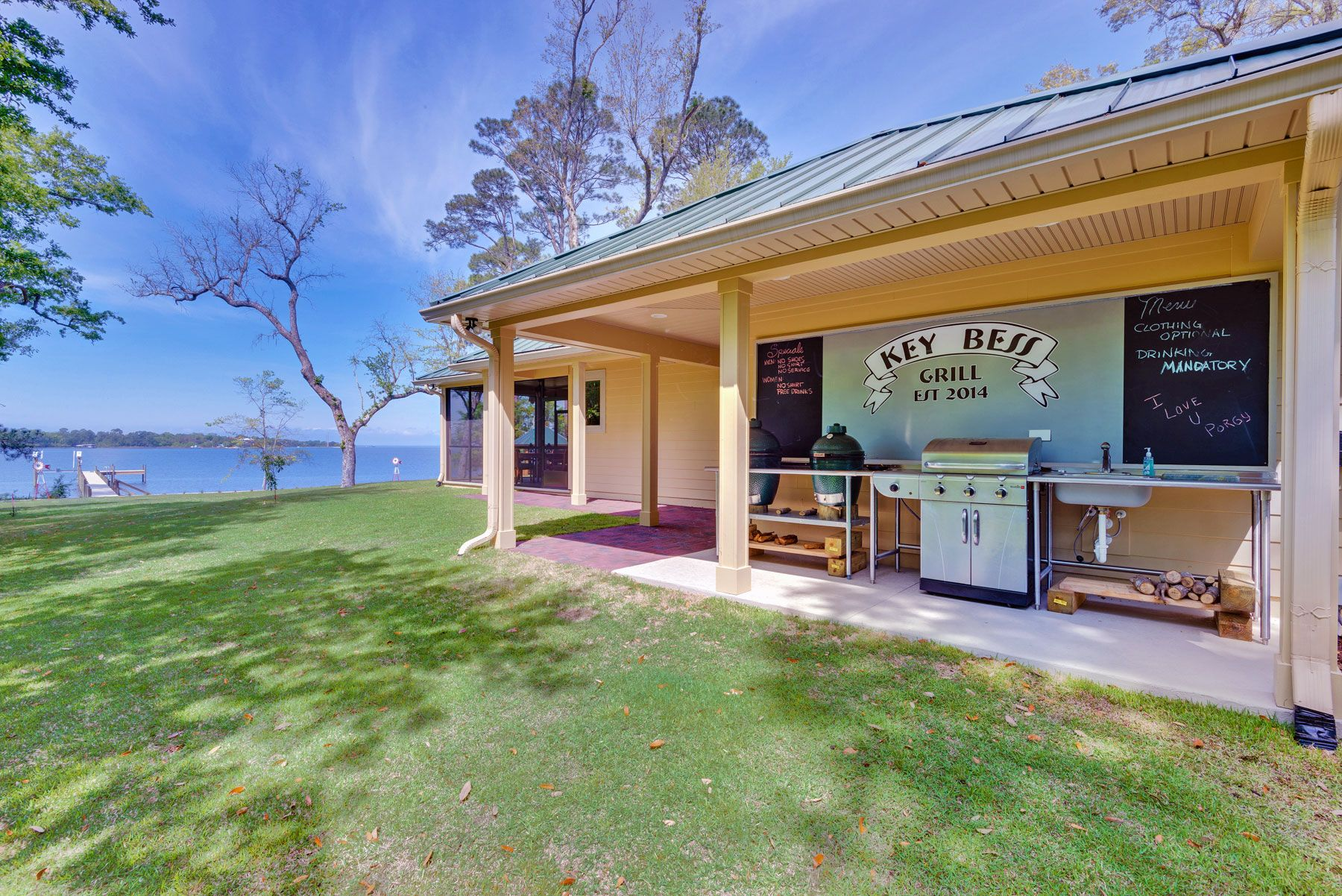 Acorn construction custom home navarre gulf breeze for Acorn house designs